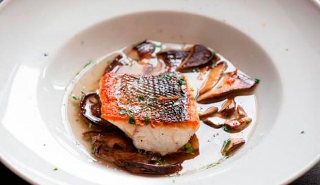 alta cucina pesce filettato