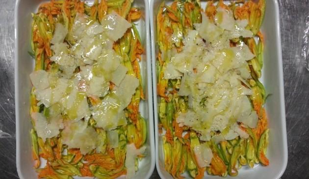 insalata di fiori di zucca limone e parmigiano