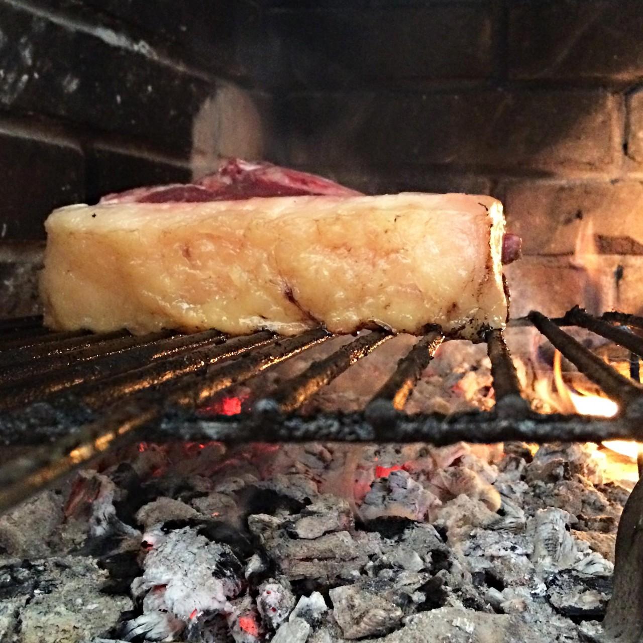 Come cucinare una costata di manzo alla griglia in padella for Cucinare qualcosa di particolare
