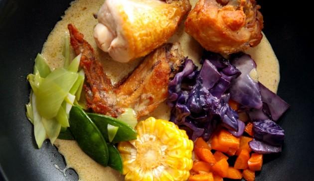 Ricetta multilivello di curry thailandese
