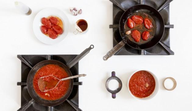 l'Italia fatta da due salse di pomodoro - quartina