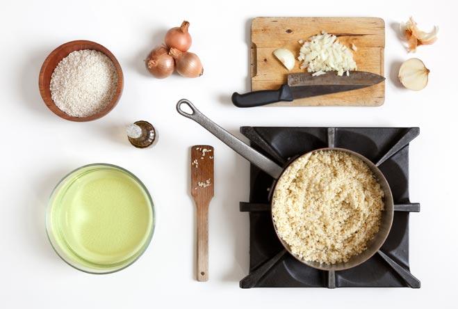 tosta-il-riso-sfuma-con-acqua-cottura-asparagi
