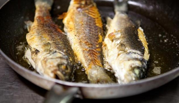 Come preparare la grigliata di pesce in casa