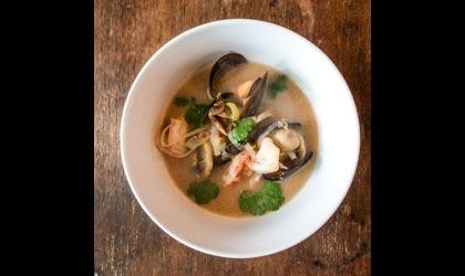 Tom yum kung - zuppa di gamberi tailandese